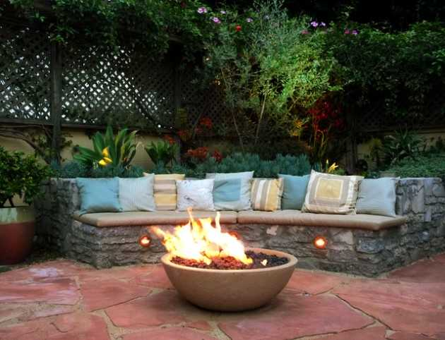 18 Effective Ideas How To Make Small Outdoor Seating Area