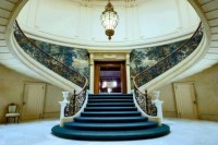 12 Glorious Mansion Staircase Designs That Are Going To ...
