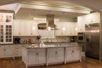 17 Attractive Traditional Kitchen Lighting Ideas To ...
