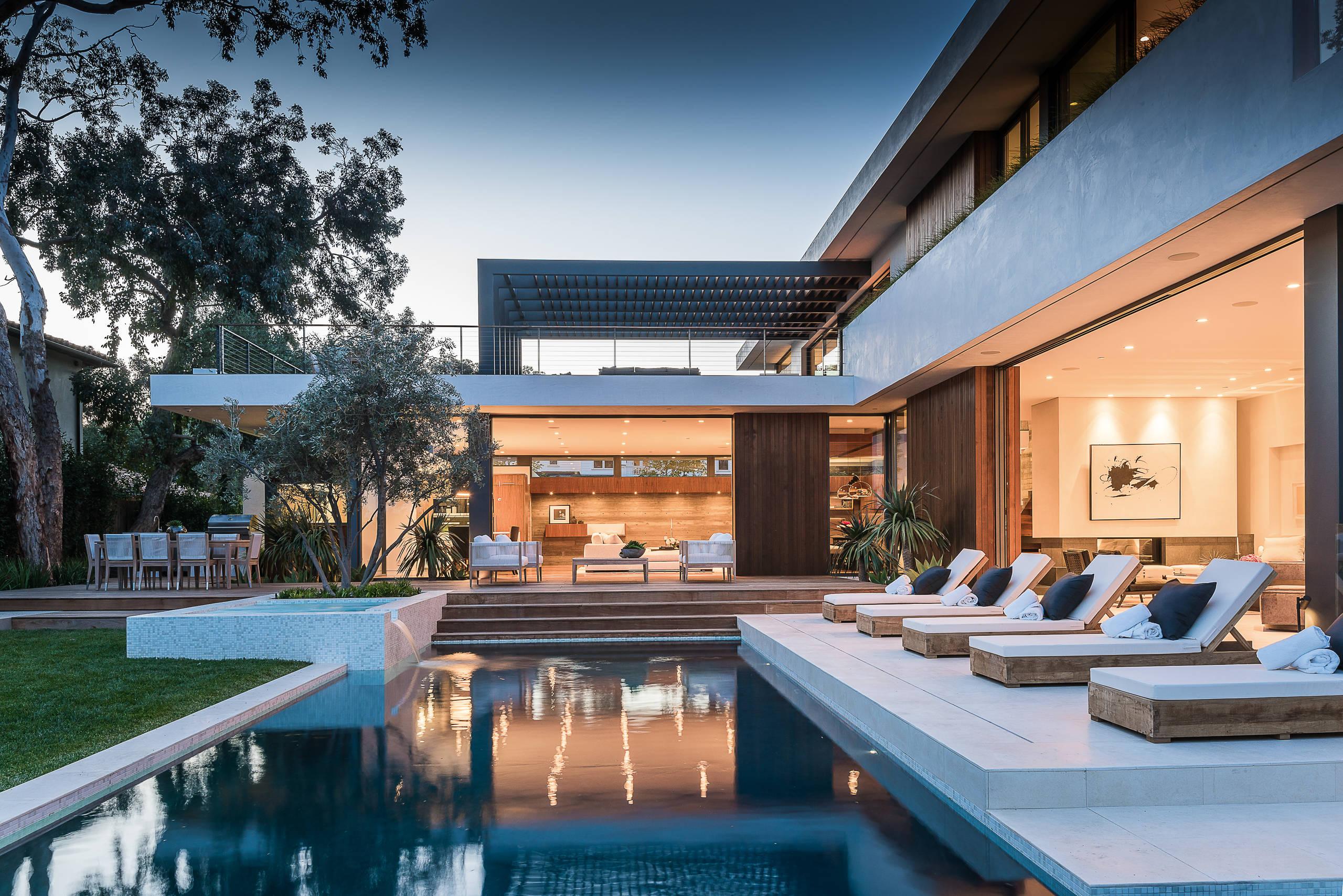√ 18 Dazzling Modern Swimming Pool Designs