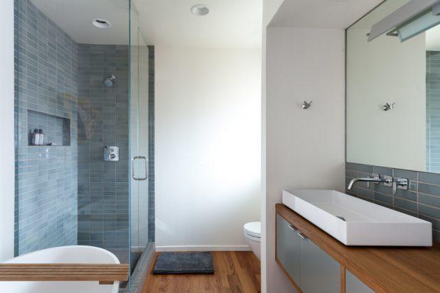 16 Inspirational Mid-Century Modern Bathroom Designs