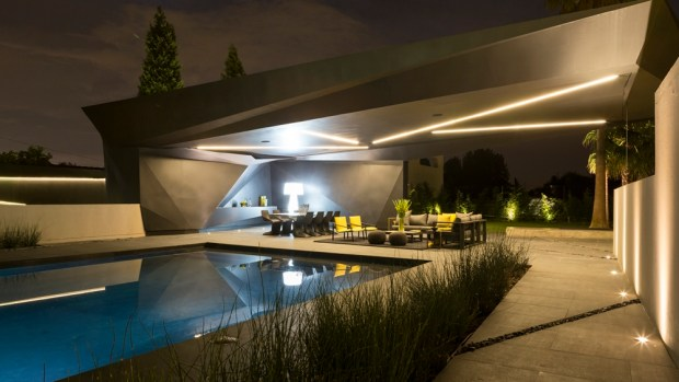 Swimming pool in Kloof Road House