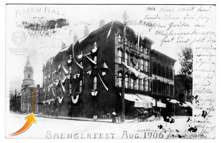 An enhanced version of the Saengerfest postcard. The gold arrow shows the location of the Davis house.