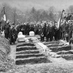 Closeup of the Benwood mine disaster mass burial.