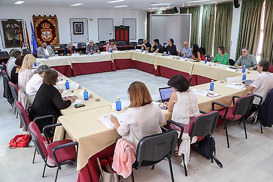 Argamasilla de Calatrava ha acogido este jueves la reunión de la Comisión de Seguimiento de la Red Estatal de Ciudades Educadoras