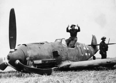 21 Photographs of WWII Plane Wrecks & Crashes – Argunners