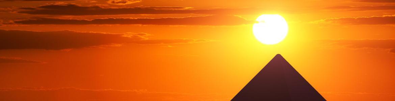10225459-les-pyramides-de-gizeh-en-egypte