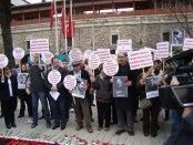 A scene from the commemoration organized by the Istanbul Human Rights Association.