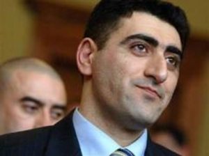 Safarov 300x224 Armenia Suspends Ties with Hungary over Extradition of Azeri Murderer (Update)