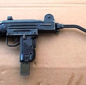 mini-uzi-3