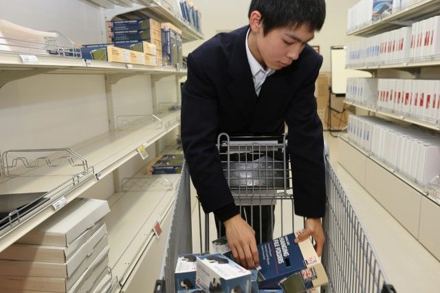 Japanese students participate in job shadow program Article The - high school job shadowing