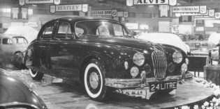The cars : Jaguar Mk2 development history