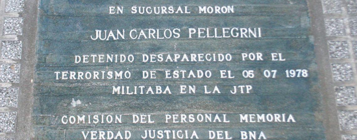 Marca de memoria. Baldosa en la Casa Central del Banco de la Nación Argent