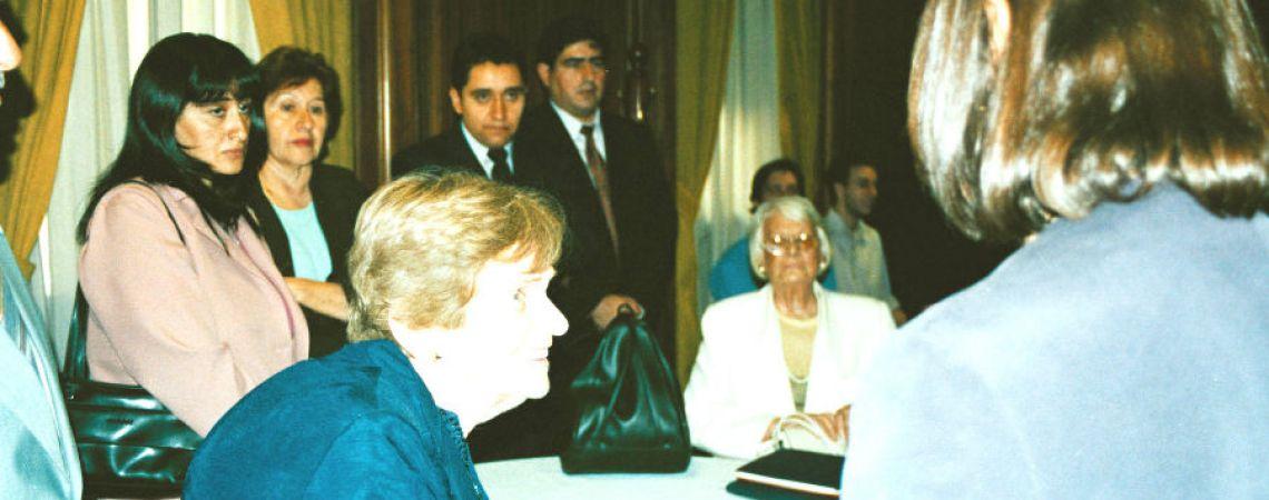 Su mamá, Clorinda, en homenaje en el BNA