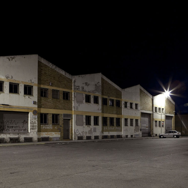 joan-seculi-photography-lonely-at-night-04