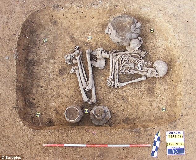 Arqueólogos Descobrem O Primeiro Homem Das Cavernas Gay