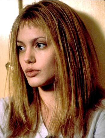 Antes e depois – Angelina Jolie