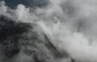 Wind & Wolke