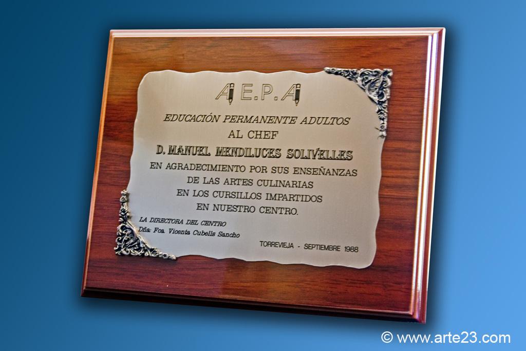 Placas Conmemorativas, para homenajes y reconocimientos Pergaminos