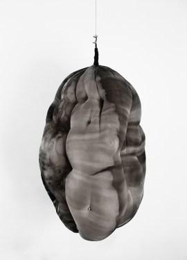 1. Paula Klien, Cocoon, 2017 nanquim em sedsa sobre espuma