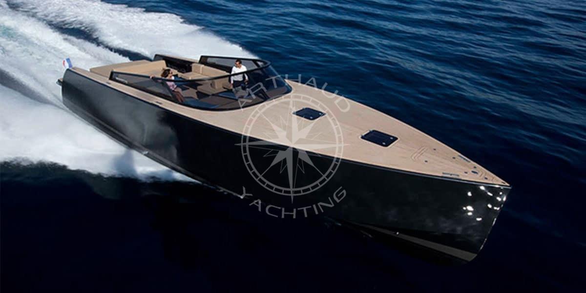 yacht transfer