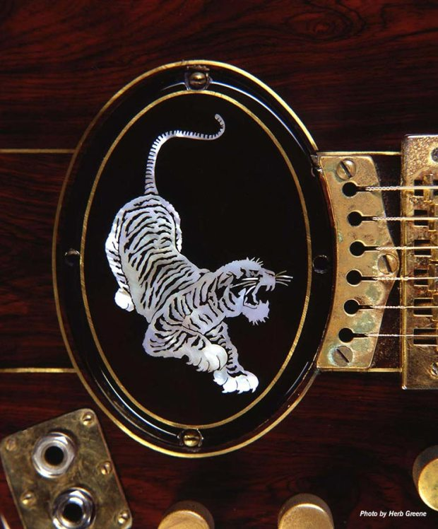 guitars_gallery_tiger_10