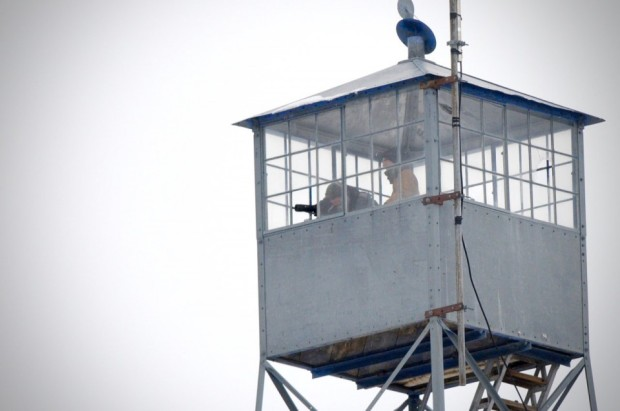 Oregon militia watched from watchtower