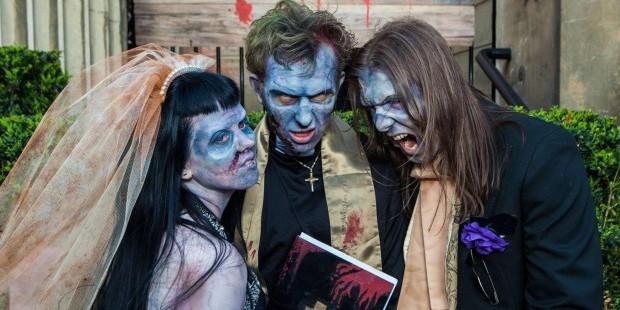 crazy weddings: zombie themed wedding
