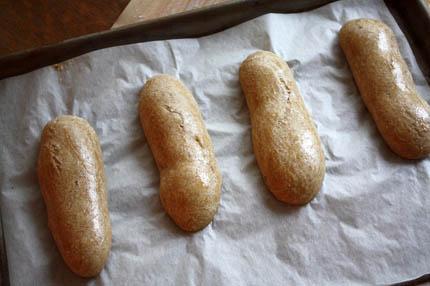 hot-dog-buns05