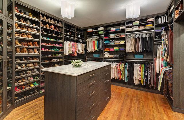 Closet grande para homem e mulheres dimencionados conforme solicitação de clientes