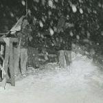 old-met-stagehands-in-the-snow