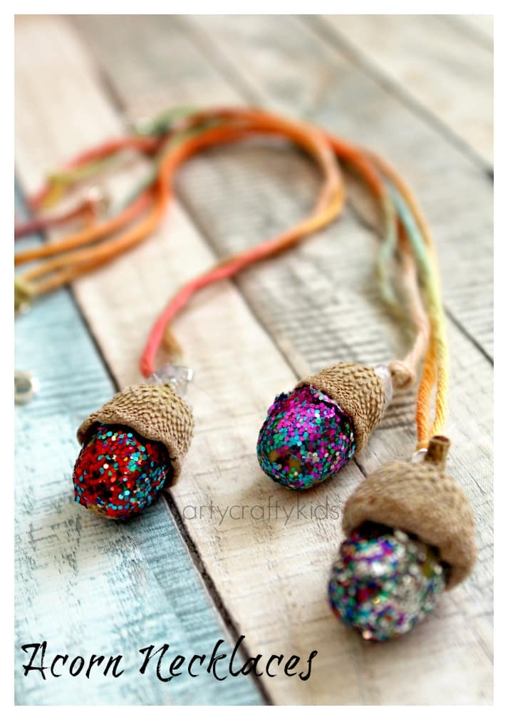 Acorn necklaces kids nature craft arty crafty kids for Nature crafts for kids