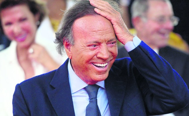 Julio Iglesias Reflects On A Life That Has Been A Miracle Aruba Today