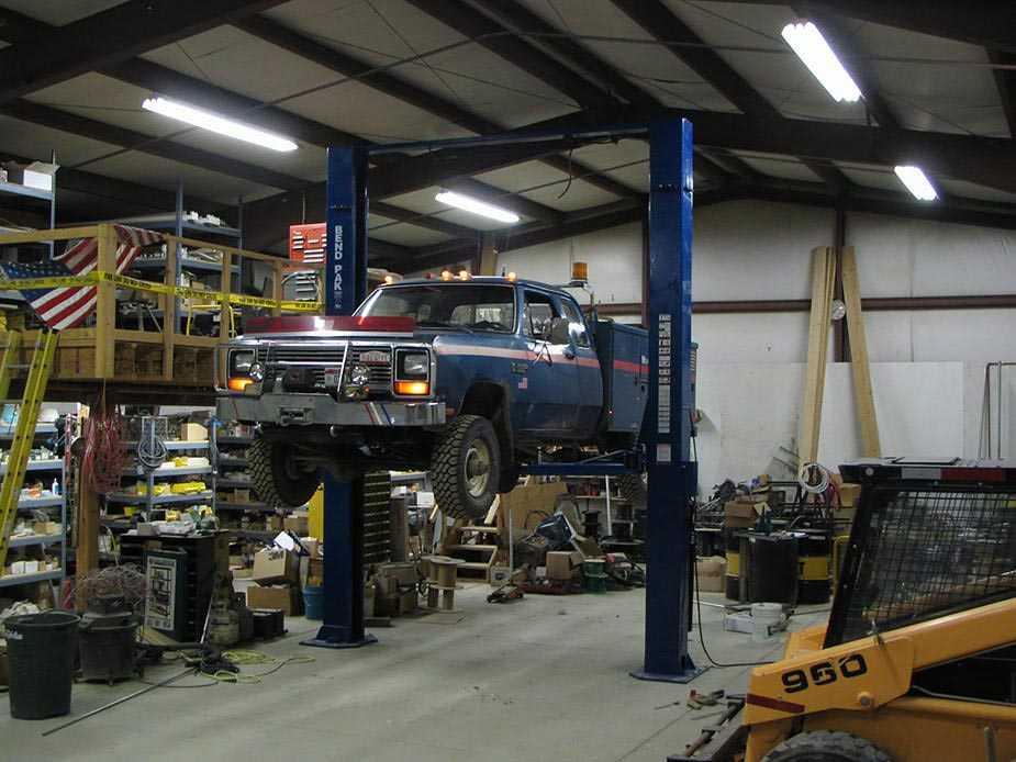 Davidu0027s Garage Auto Shop Dream House Pinterest Auto Shops   Mechanical  Engineer Job Description