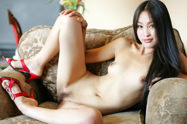 tiny chinese shaved grandmother pussy
