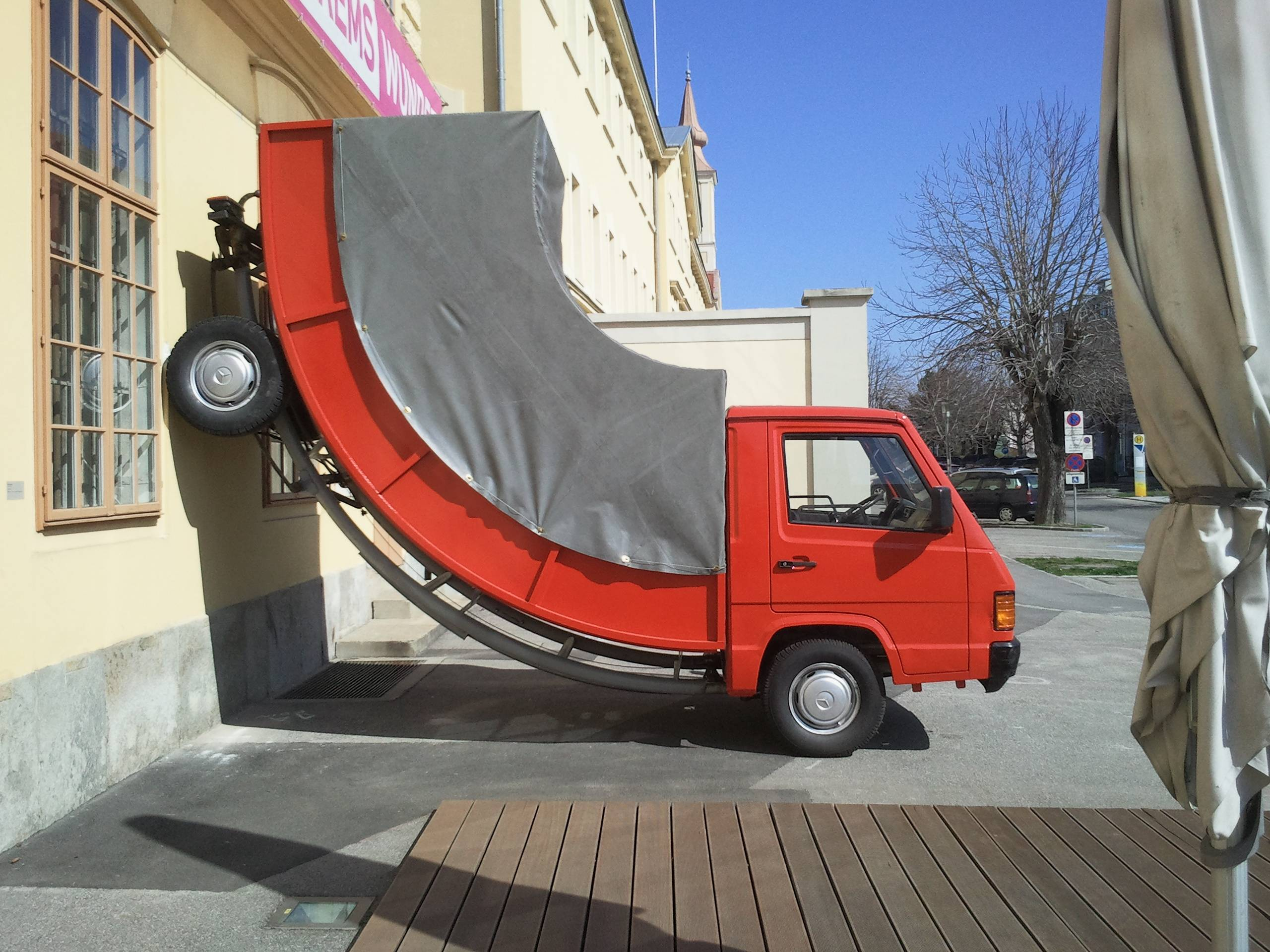 Car Parking Wallpaper 31 Most Funny Truck Photos And Images