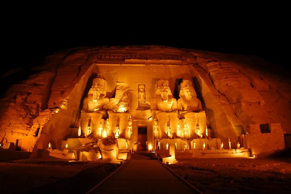 Whatsapp Wallpaper Love Quotes 16 Incredible Night View Pictures And Photos Of Abu Simbel