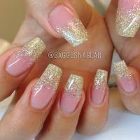 50+ Most Adorable Glitter Ombre Nail Art Design Pictures ...