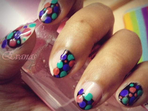 65 Most Beautiful Polka Dots Nail Art Designs