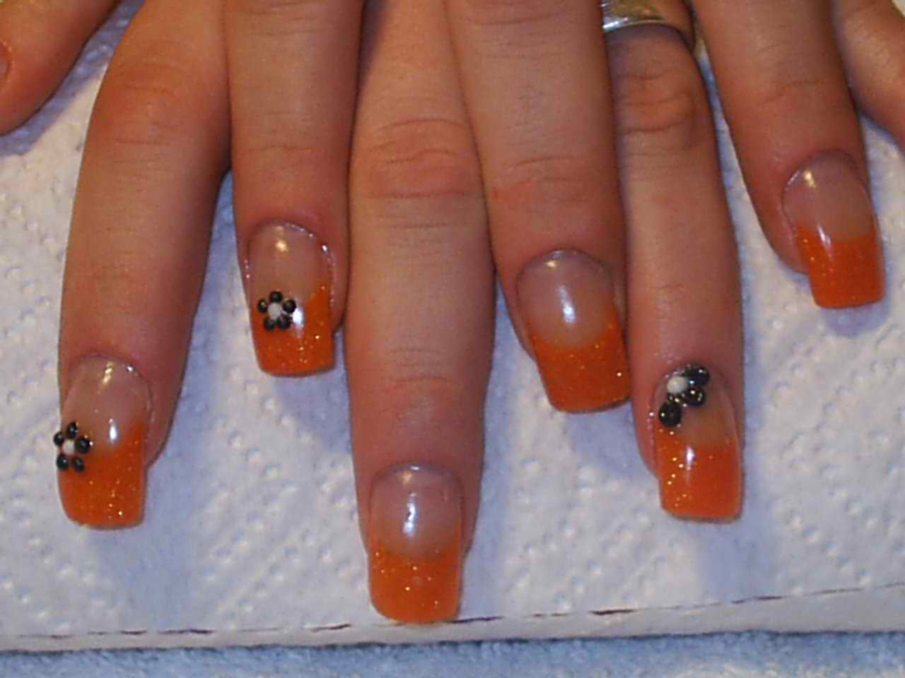 Nail Art Caviar Communiquerenligne