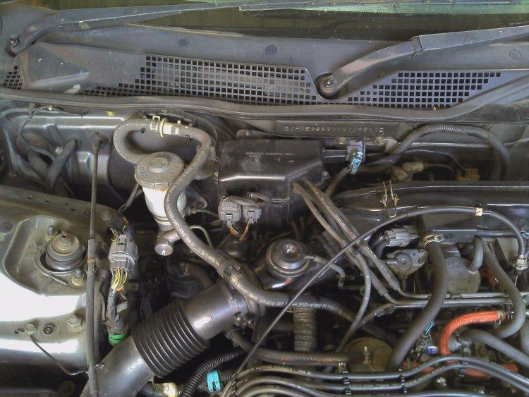1993 honda accord fuel filter location