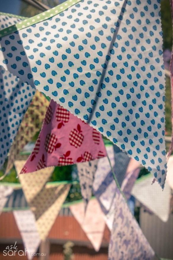 DIY Fabric Bunting Tutorial {Free Pattern & Tips For Making Tons, Heaps, Lots, Metres, Yards, Insane Amounts!}