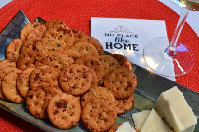 A Southern Soul | Spicy Herb Crackers