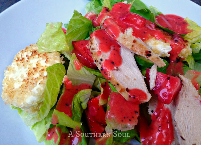 Strawberry Dressing & Goat Cheese Salad