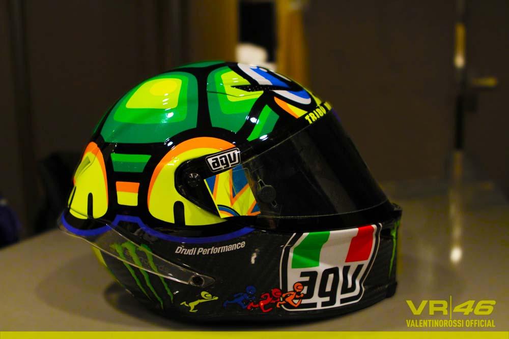 Motor Gp 2013 Rossi 2013 Mini John Cooper Works Gp King Of The Hot Hatches Motogp Valentino Rossis 2013 Mugello Helmet Asphalt And Rubber