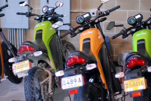 Tradition Is Not A Business Model: Brammo brammo enertia test bikes1 635x425