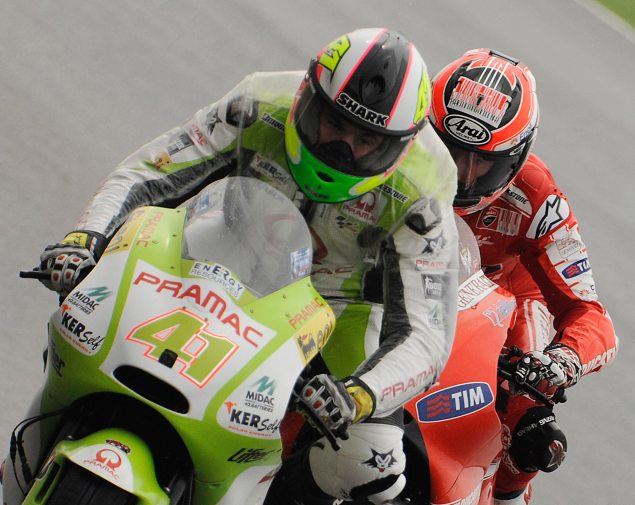 Traffic. Nicky Hayden Aleix Espargaro traffic 635x505