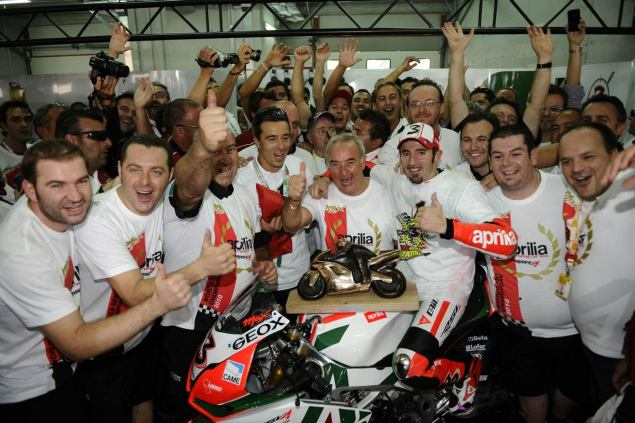 Ok, Now Its Official: Biaggi Signs with Aprilia for Two Years Max Biaggi Signs with Aprilia 635x423