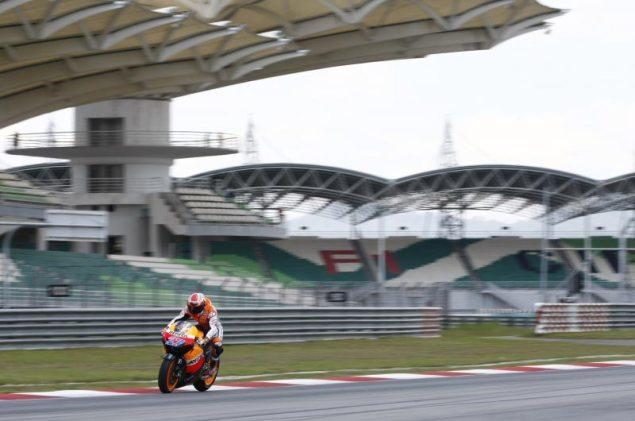 Casey Stoner Leads MotoGP Testing at Sepang Casey Stoner Repsol Honda Sepang test MotoGP 635x421
