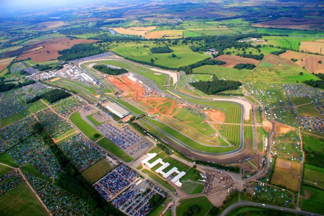 Donington Park Green Lit by the FIM for WSBK this Month Donington Park 635x423